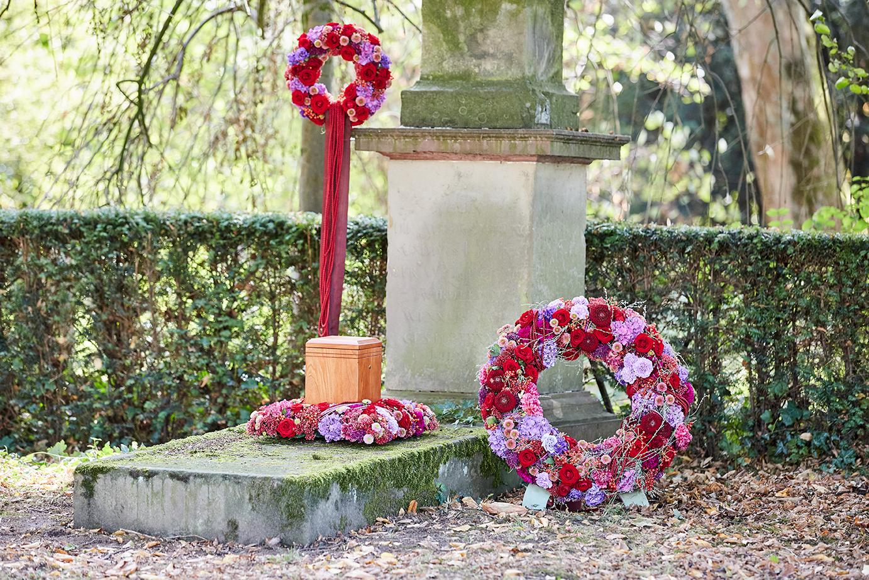 Grabpflege und Trauerflorikstik Kiel